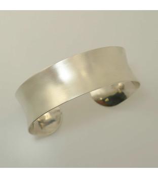 Armspange 925-Sterling-Silber konkav verlaufend - handgeschmiedet - gebürstet