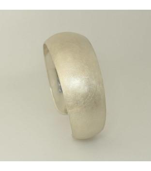 Armspange 925-Sterling-Silber konvex verlaufend - handgeschmiedet - eismatt