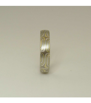 Mokume-Gane-Ring tricolor aus 750 Grüngold & 500 Pd & 935 Ag - Sternmuster