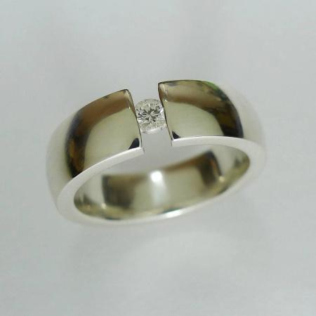 Ring 925er Sterlingsilber mit Brillant 0,09ct TW-vsi Ringgröße 53