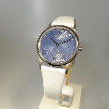 Boccia Titanium Damenuhr mit blauem Ziffernblatt und Lederband 3265-04