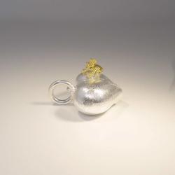 Anhänger Herz mit Frosch und Krone Silber 925 teilvergoldet und teilmattiert