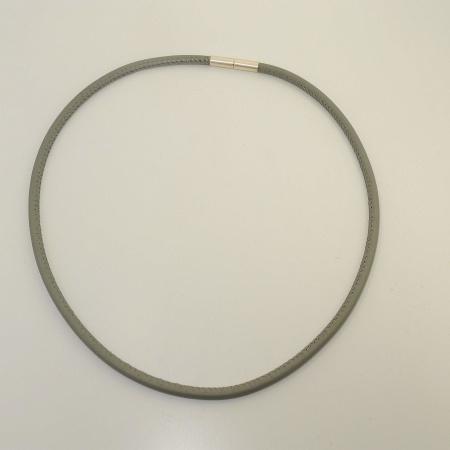 bastian inverun Halsband Leder grau mit Silberverschluß 45 cm
