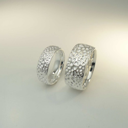 Triangel Ring Voronoi 925 Sterling-Silber hell